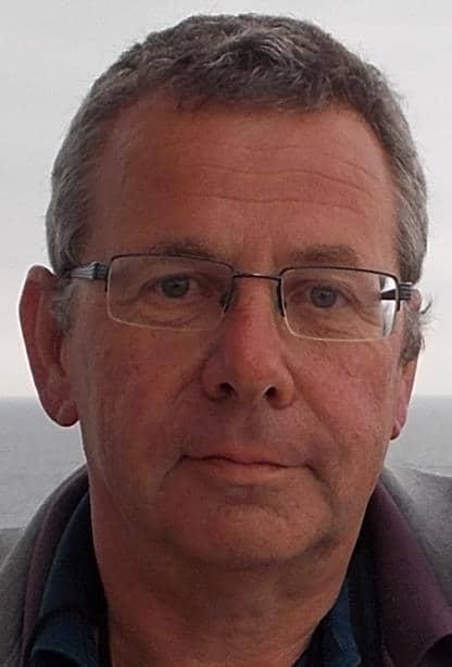 Michael Wühle, Buchautor und bekannter Fachmann für Nachhaltigkeit ist ein zertifizierter Experte für Energieeffizienz und synthetische Treibstoffe